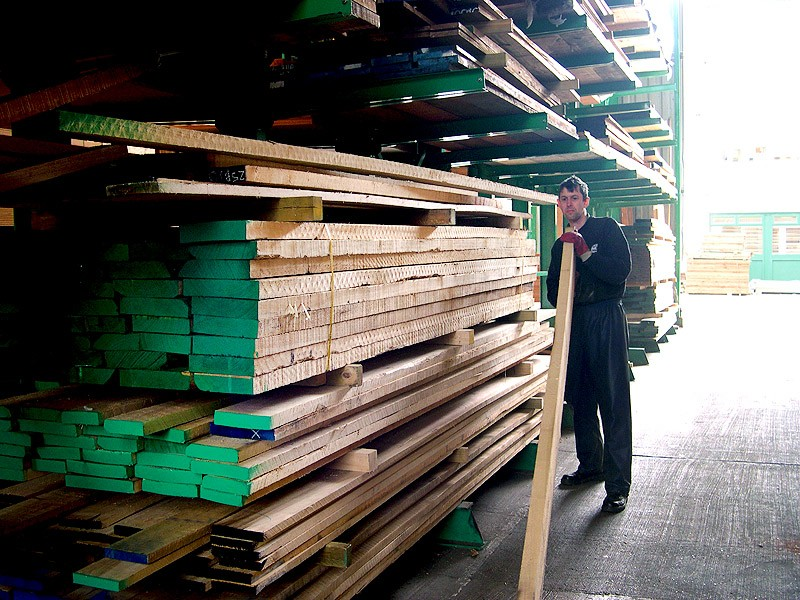 01_Selecting_Ash_and_Maple_Boards_800